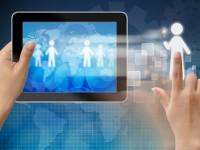 Tablet PC mit Männchen auf dem Screen